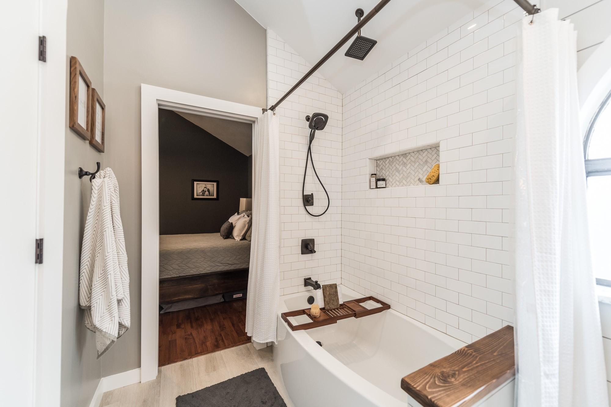 Modern Farmhouse Bathroom Irwin Construction Denton TX