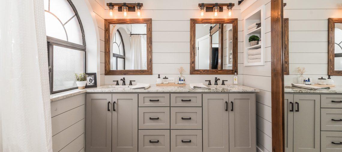 Farmhouse Bathroom Remodel Ideas: Modern Farmhouse Bathroom Before & After
